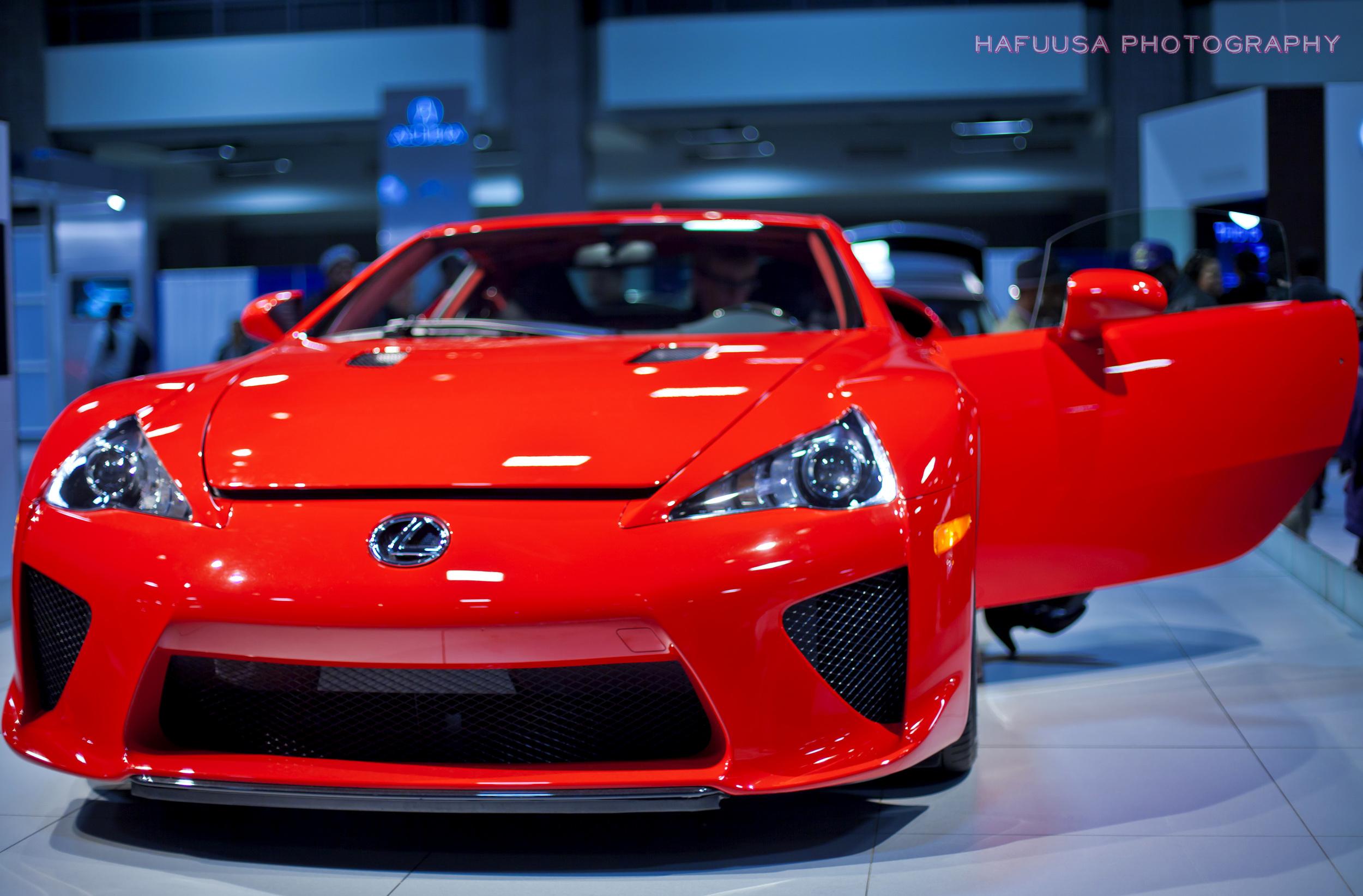Lexus Front.jpg