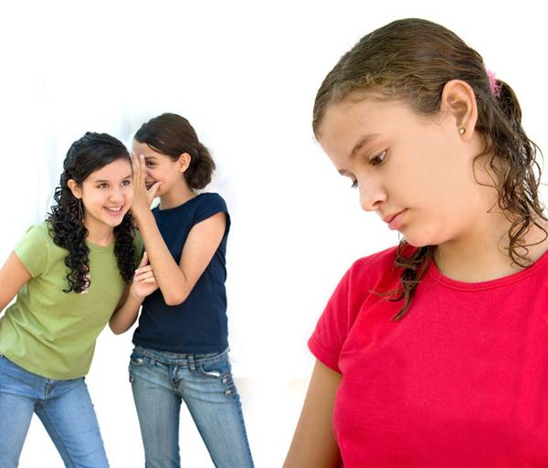 mean teen girls bullying miami.jpg