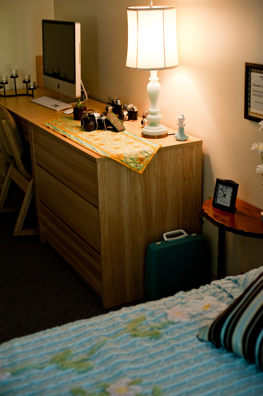 Another, wider-angle view of Amy's room