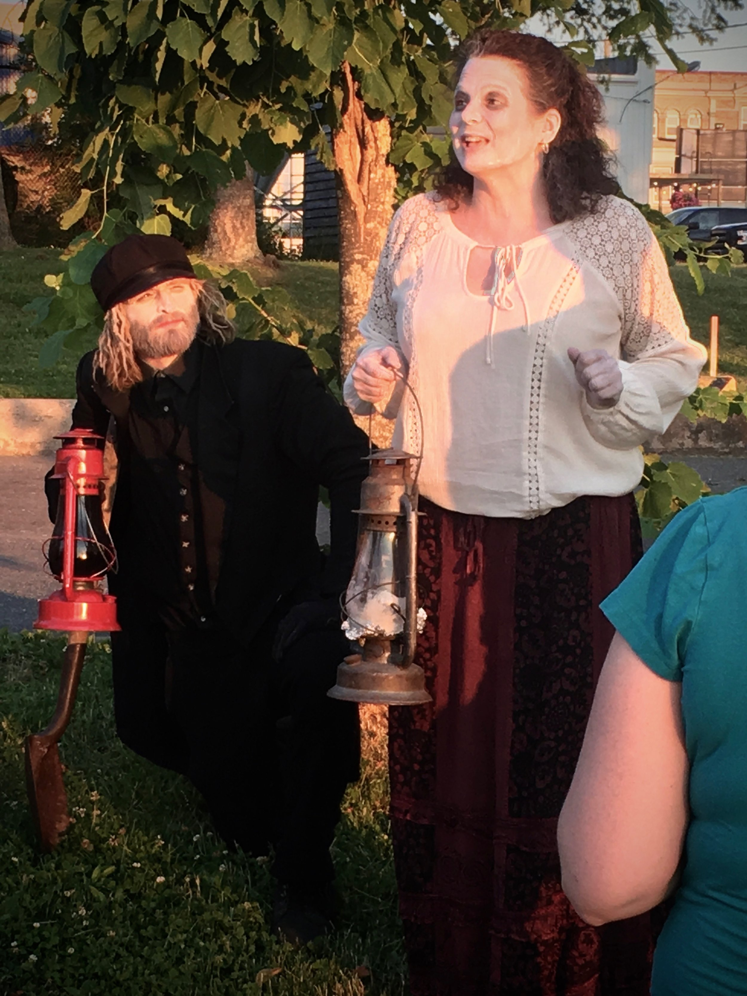 Picture of Jerome the Gravekeeper and one of the ghosts telling a story  Photo credits: Holly Lohnes