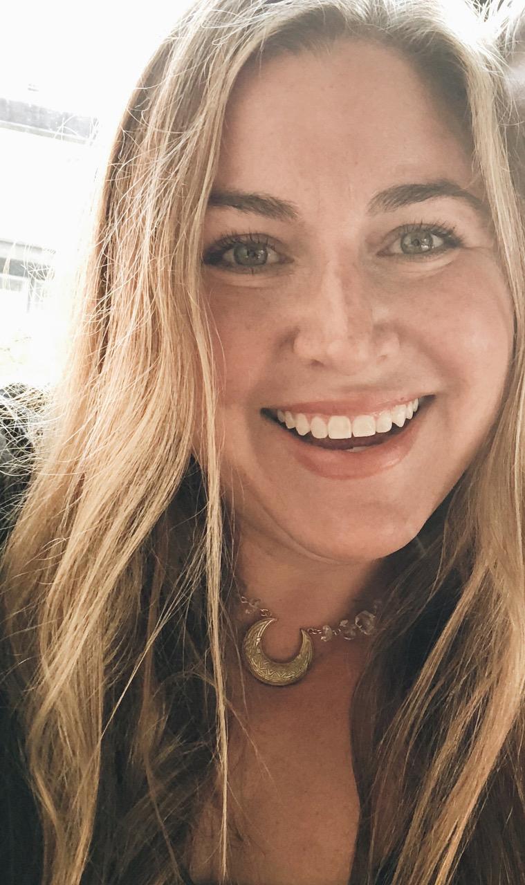 Diana Zalucky - Intuitive Oracle Readings