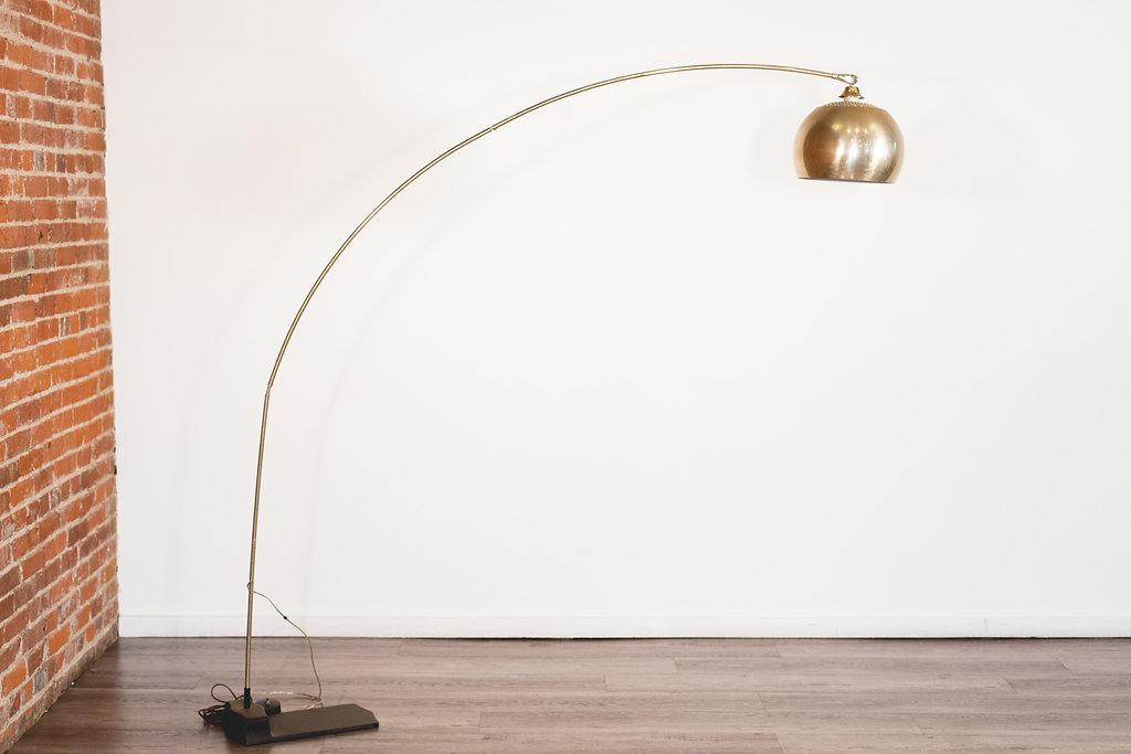 Lamp Quantity: 1 Price: $40 EA