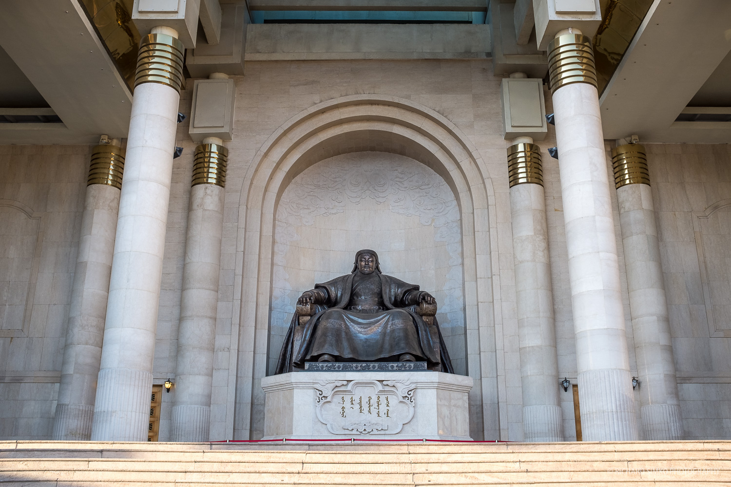 Bronze statue of Chinggis Khaan in the center of the complex.
