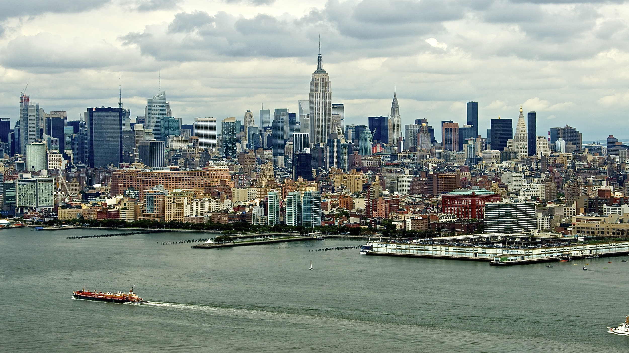 Manhattan Skyline, NYC.