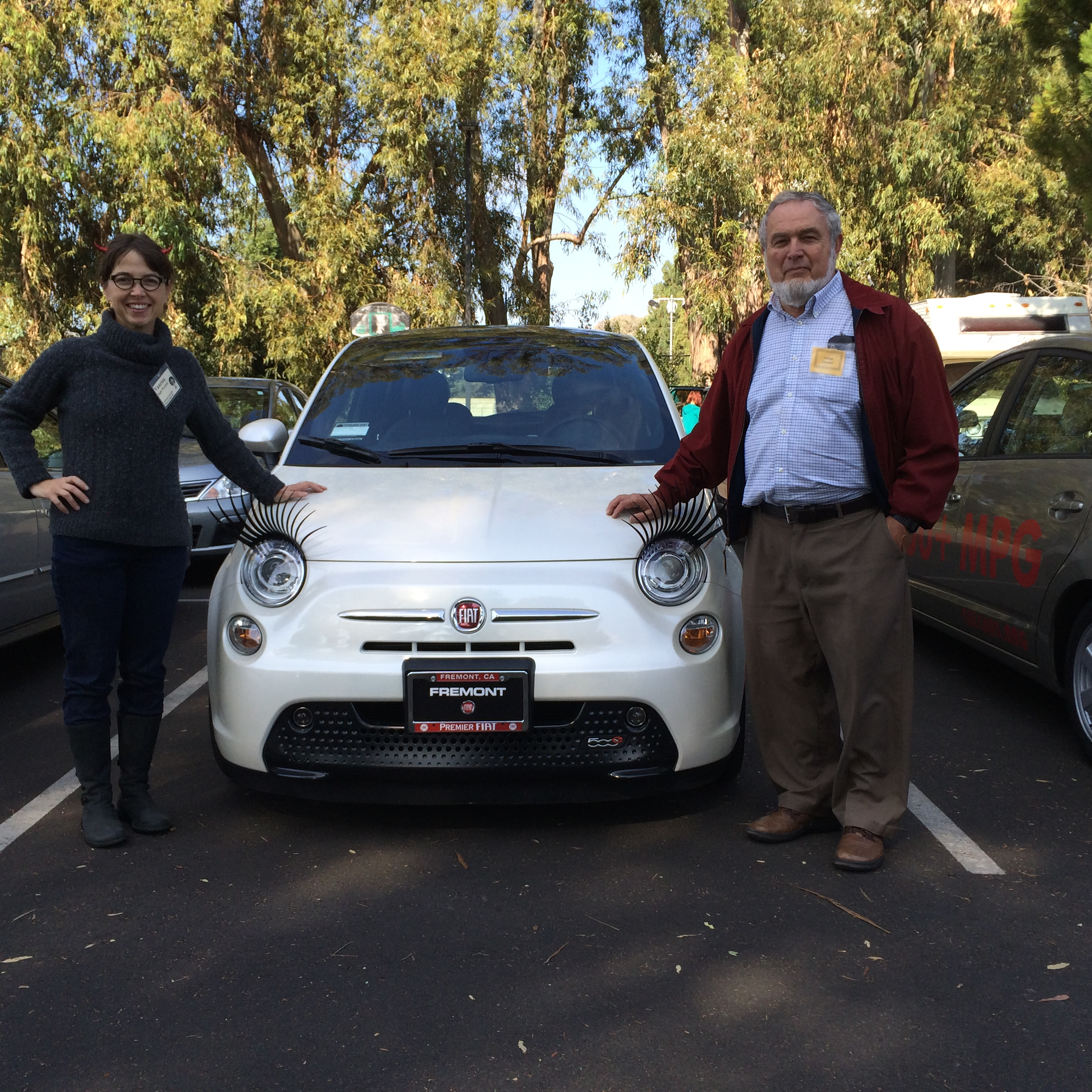 Vanessa with Richard and his brand-new all-electric Fiat 500e (photo by Elliot)