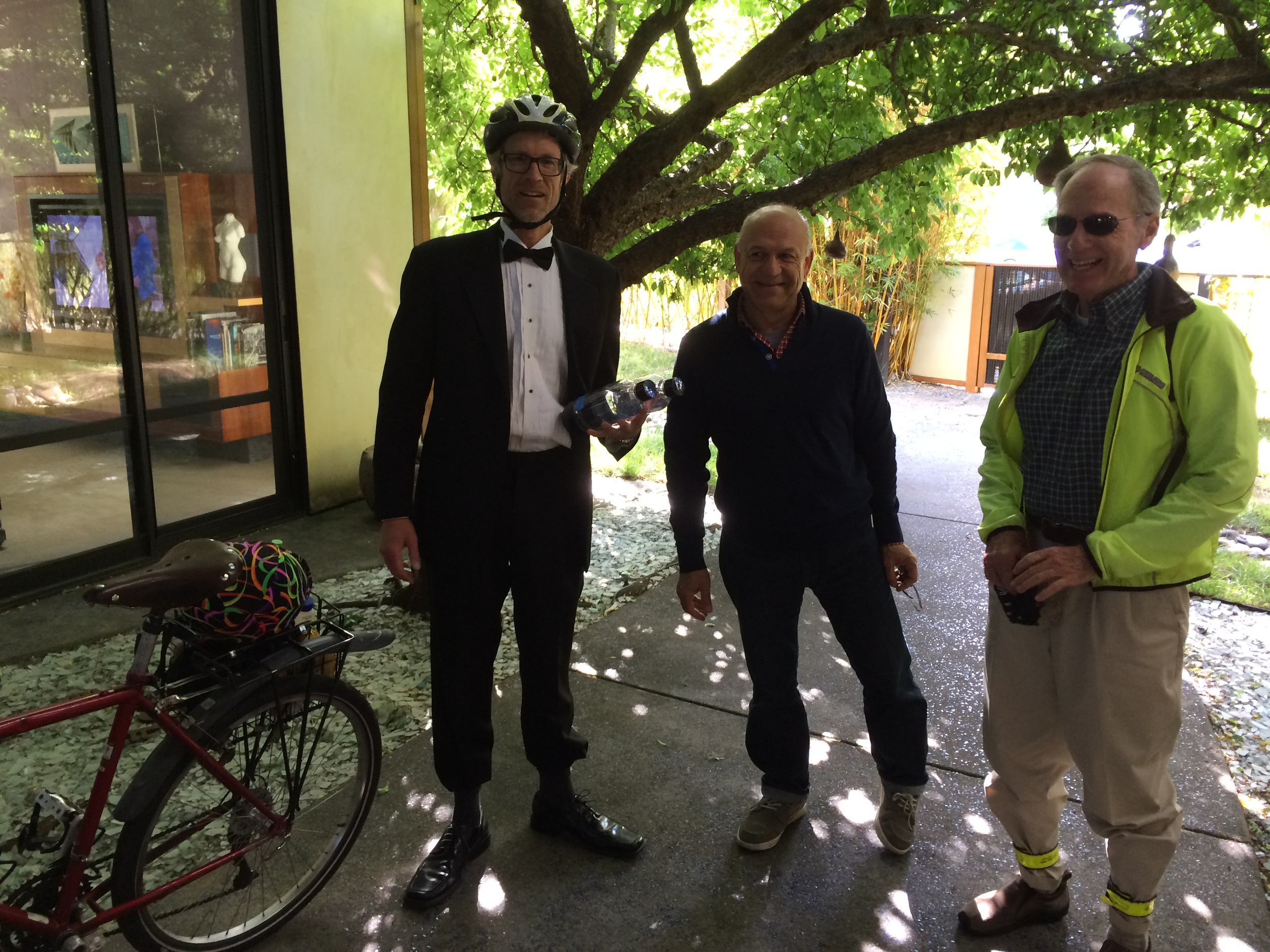Sven Thesen the Biking MC, and our first two guests: Hamid Saadat and Gary Hedden