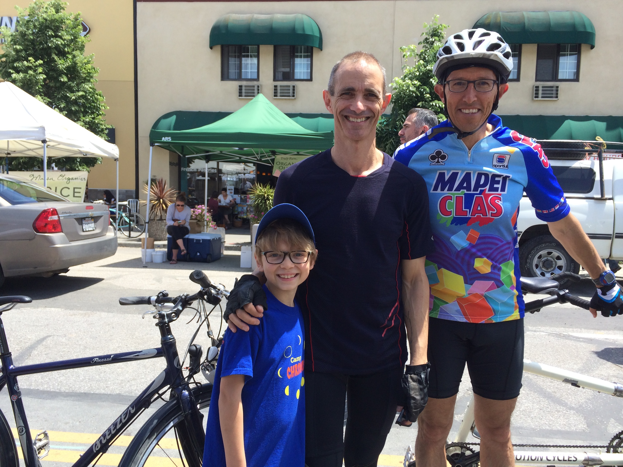 Elliot, Andy Griffiths, and Eugene Cordero at the California Avenue Farmers Market