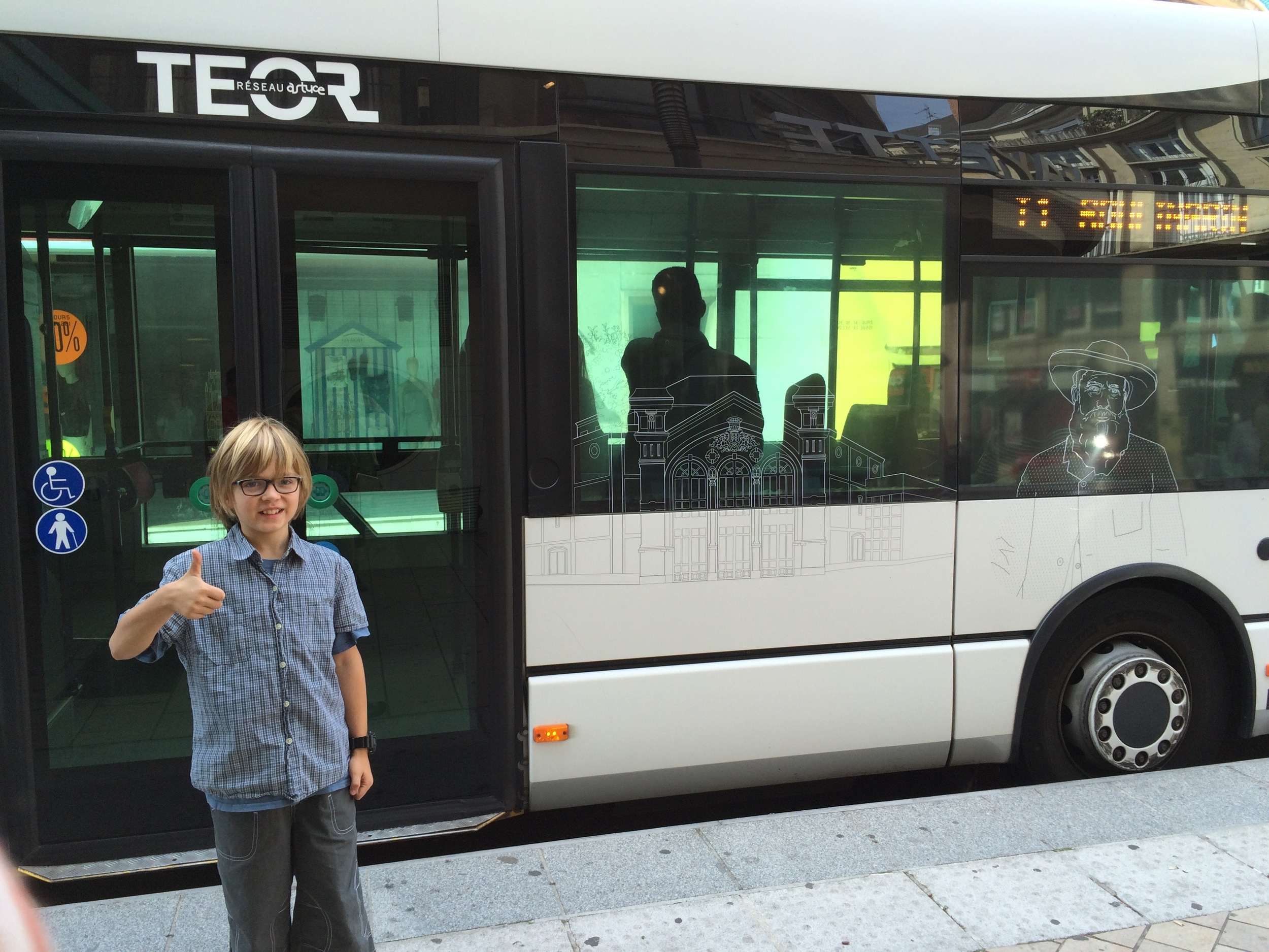 Elliot gives Rouen's TEOR Bus Rapid Transit the thumbs-up.