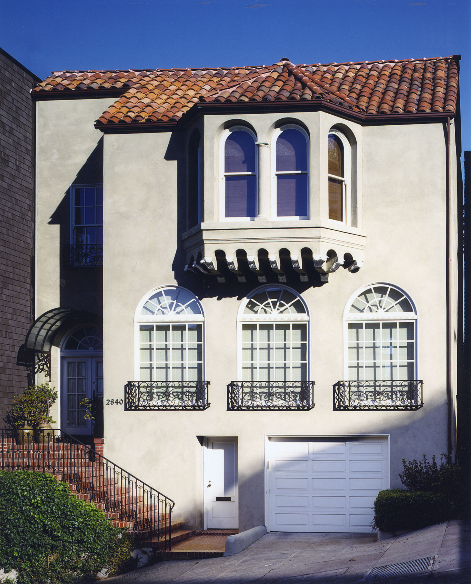 COW HOLLOW REMODEL  project started at Brayton & Hughes  and completed by Gemmill Design    Location: San Francisco, California  Project Type: Residential Remodel  Year of Completion: 2001
