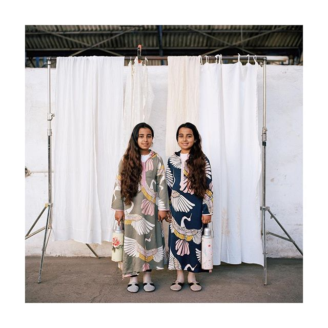 Khadija et Aïcha  Les inséparables 2019  #twins #jumeaux #series #lesinseparables #casablanca #photography #hasselblad500cm #portra400 #film #galeriedarelbacha #marrakech #ongoingseries
