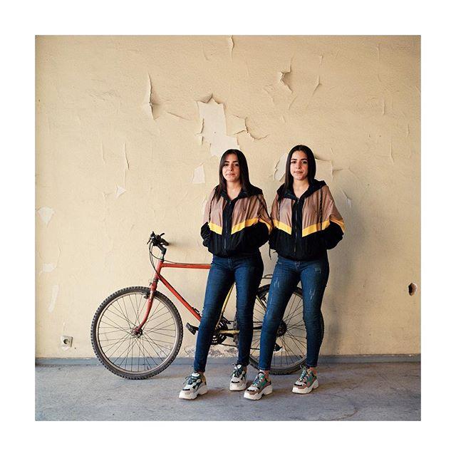 Imeen et Amale  Les inséparables 2019 #photography #twins #analog #hasselblad500cm #portra400 #film #currentexhibition #galeriedarelbacha #marrakech