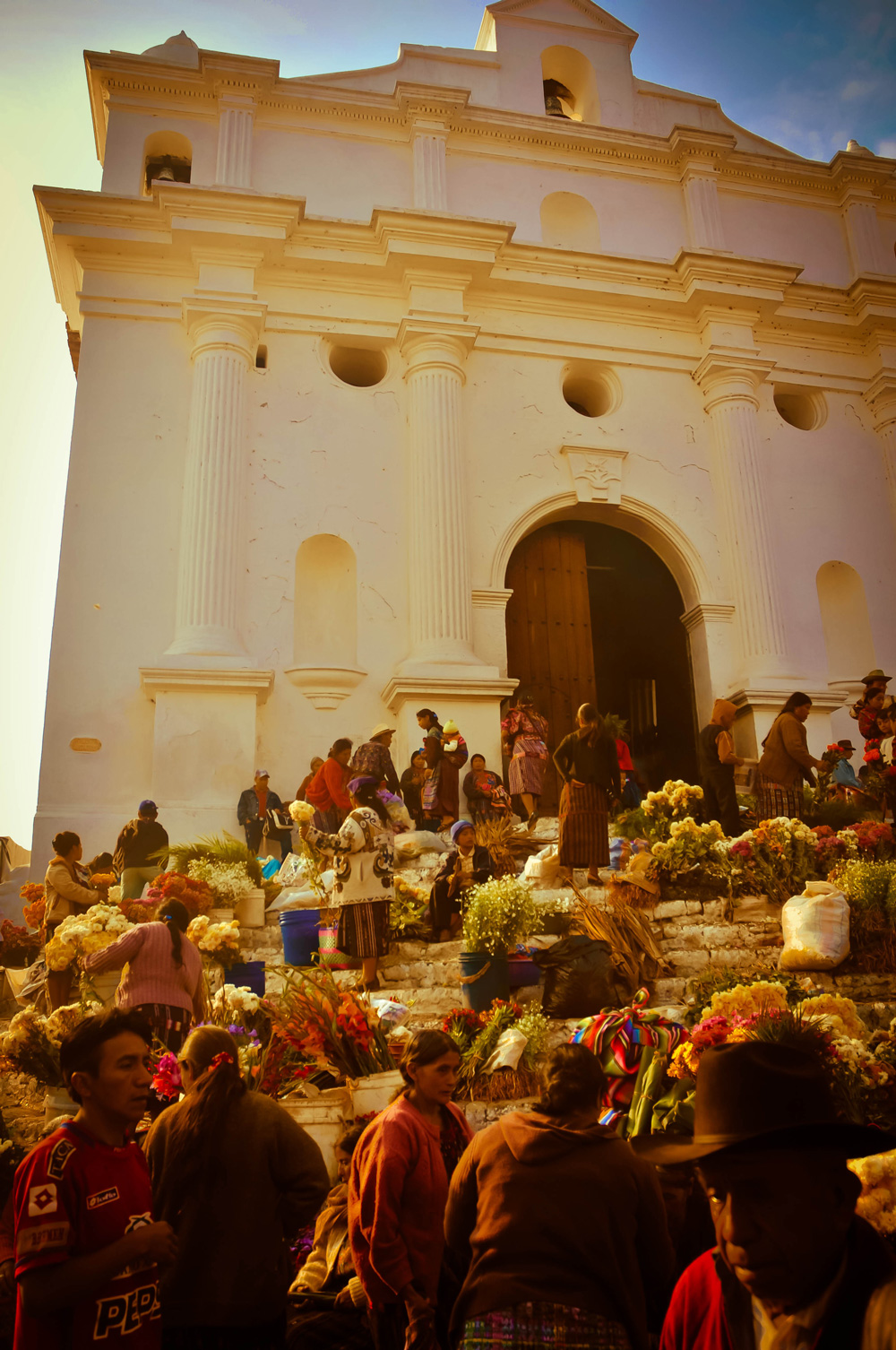 gUATE-CHURCHHILL1.jpg