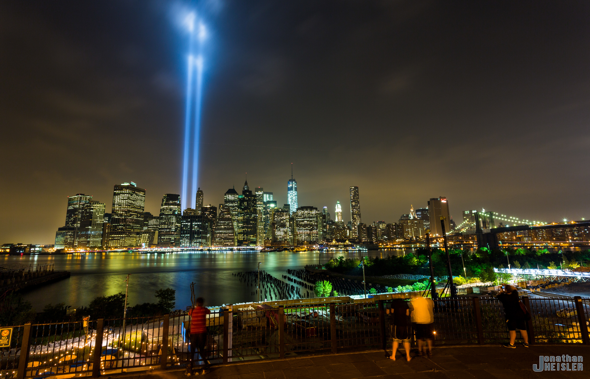 Tribute in Light  _  Jonathan Heisler _ 9.11.2013 _ 00011-Edit.jpg