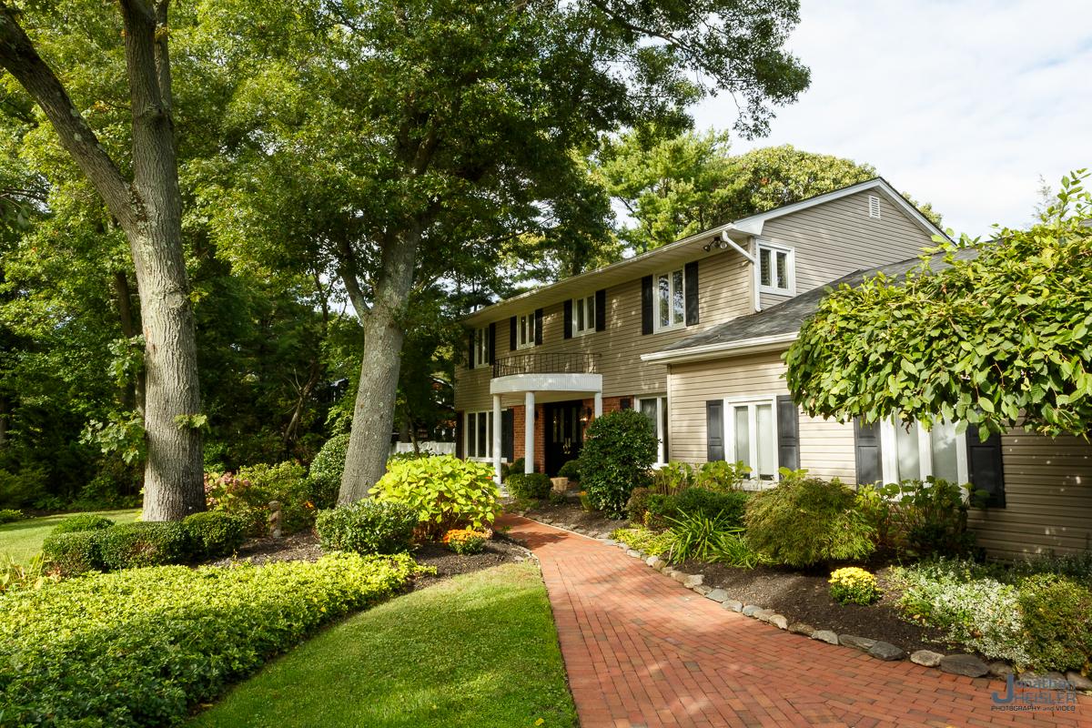St. James Home For Sale_ Long Island Real Esate Photographer __ Affordable Photographer _ Jonathan Heisler004.jpg