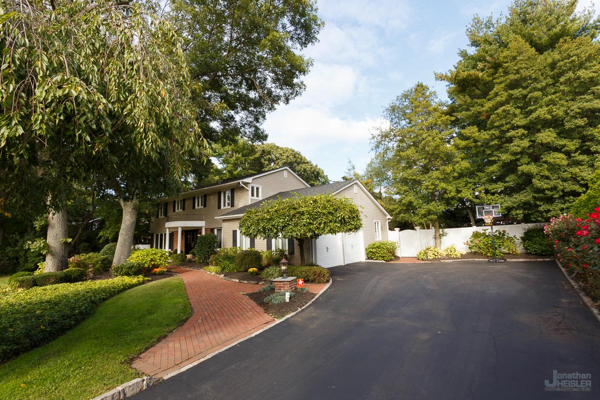 St. James Home For Sale_ Long Island Real Esate Photographer __ Affordable Photographer _ Jonathan Heisler005.jpg