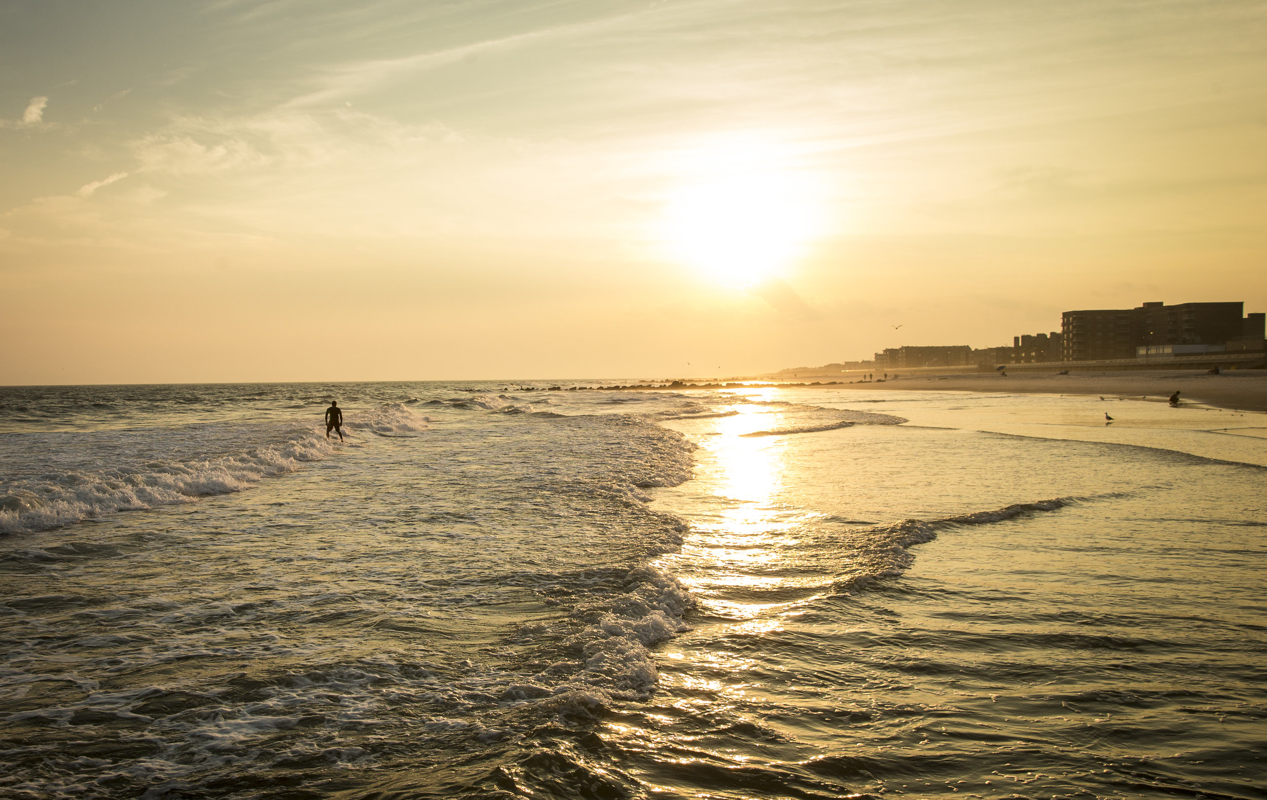 9.8 Long Beach NY Surfing_  Jonathan Heisler  _ _ 12112016 _ 757.jpg