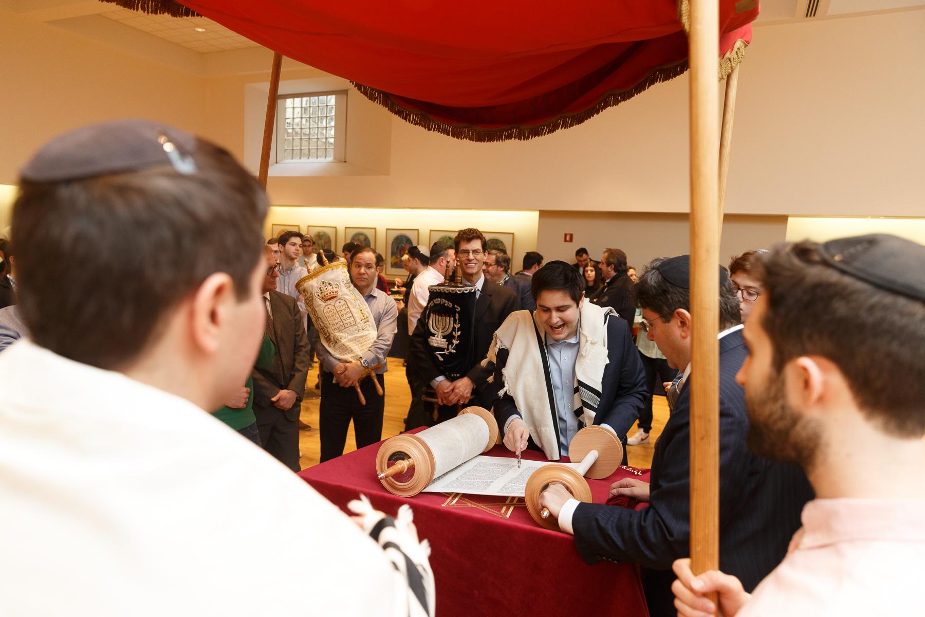 New Torah Ceremony_  Jonathan Heisler  _ _422017 _ 485.jpg