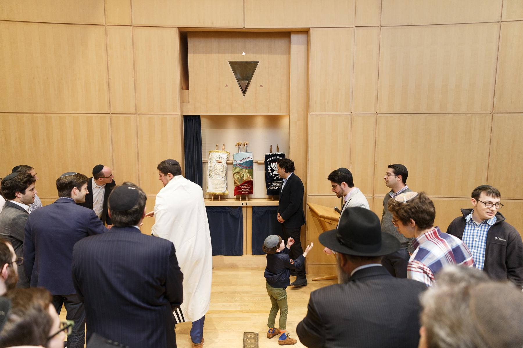 New Torah Ceremony_  Jonathan Heisler  _ _422017 _ 510.jpg
