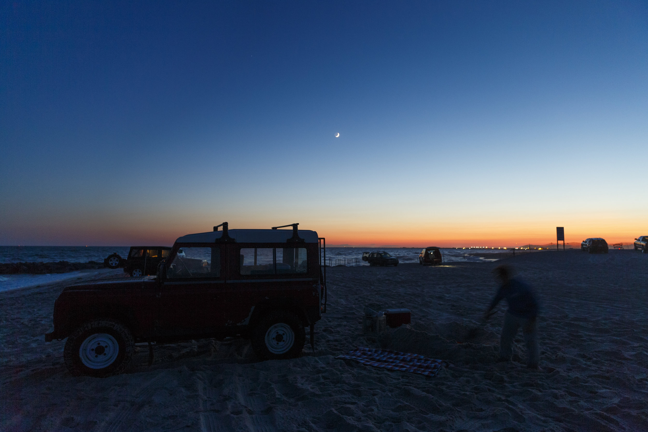 Land Rover On The Beach _ Jonathan Heisler _ 6262017 _098.jpg