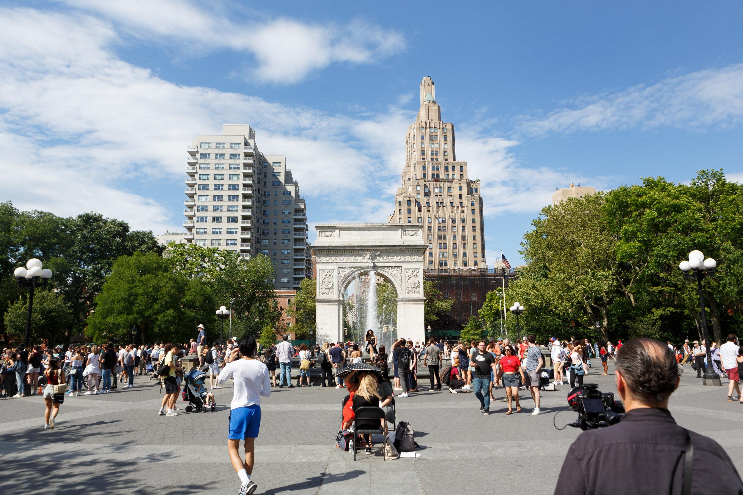 Kiro Rebecca Washington Square Park Marriage Proposal _ Jonathan Heisler _ 6152019 _003.jpg