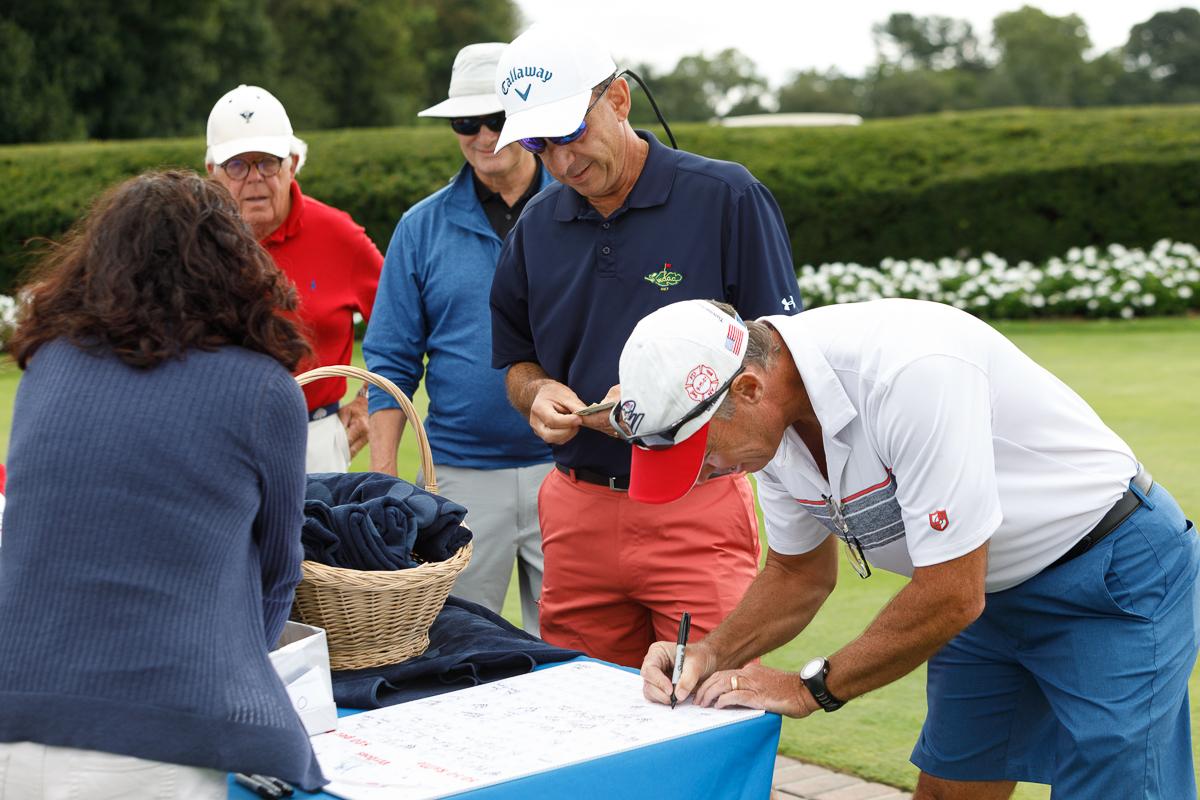 Americas VetDogs Golf Outing _ Jonathan Heisler _ 8262019 _052.jpg