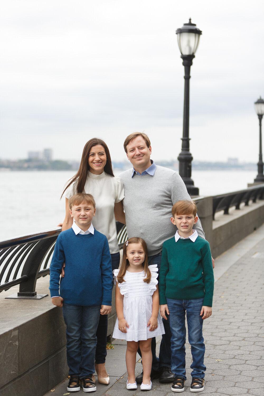 Rockefeller Park Battery Park Family Photo Session _ Jonathan Heisler _ 10022019 _0001.jpg