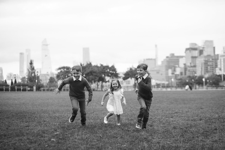 Rockefeller Park Battery Park Family Photo Session _ Jonathan Heisler _ 10022019 _0010.jpg