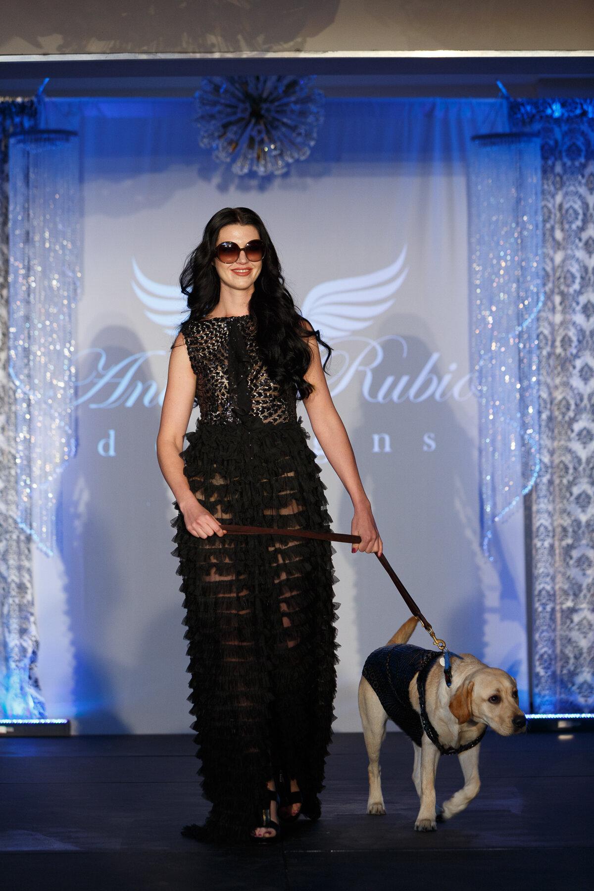 Americas VetDogs _ Dogs On The Catwalk _ Jonathan Heisler _ 10102019 _0263.jpg