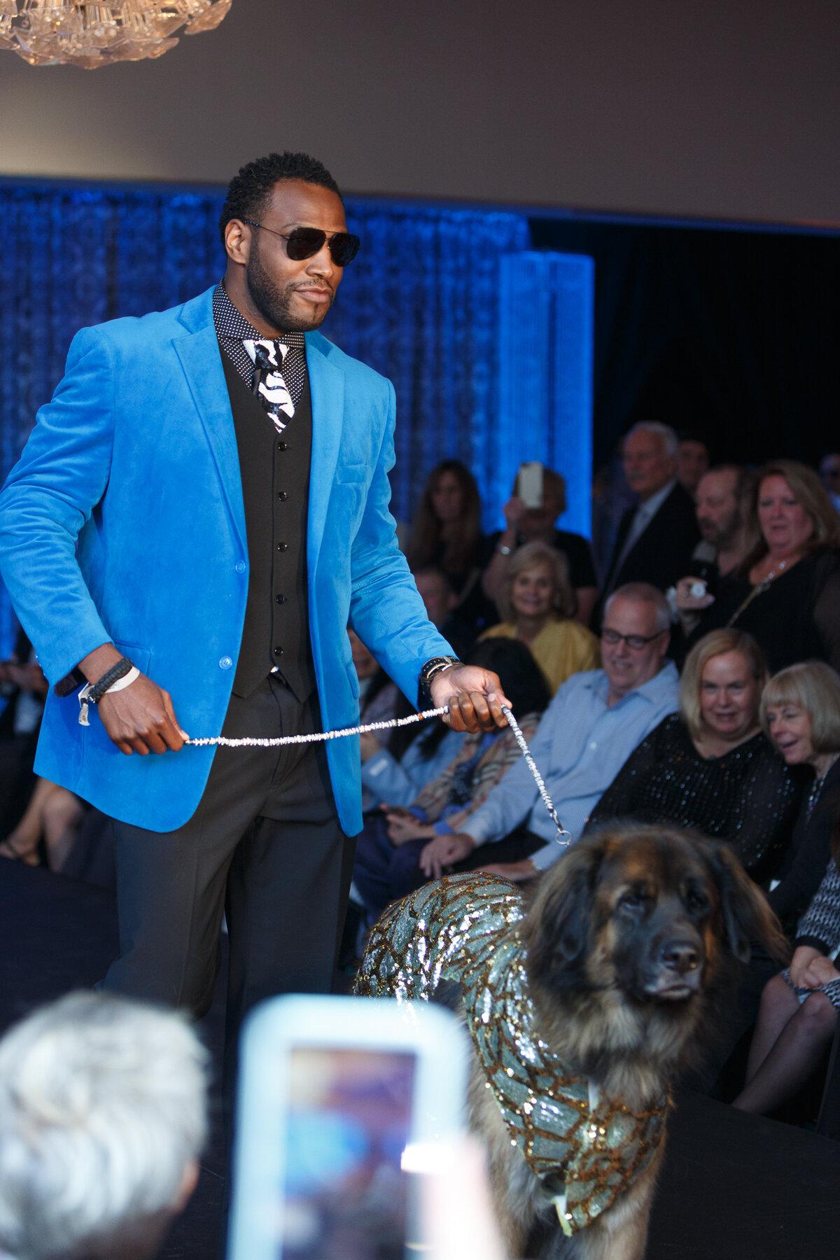 Americas VetDogs _ Dogs On The Catwalk _ Jonathan Heisler _ 10102019 _0271.jpg