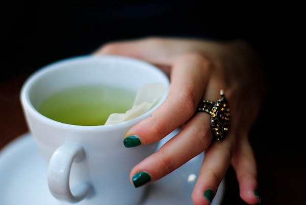 green-tea-reverse-sun-damage-face-mist