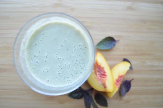 nectarine-basil-smoothie