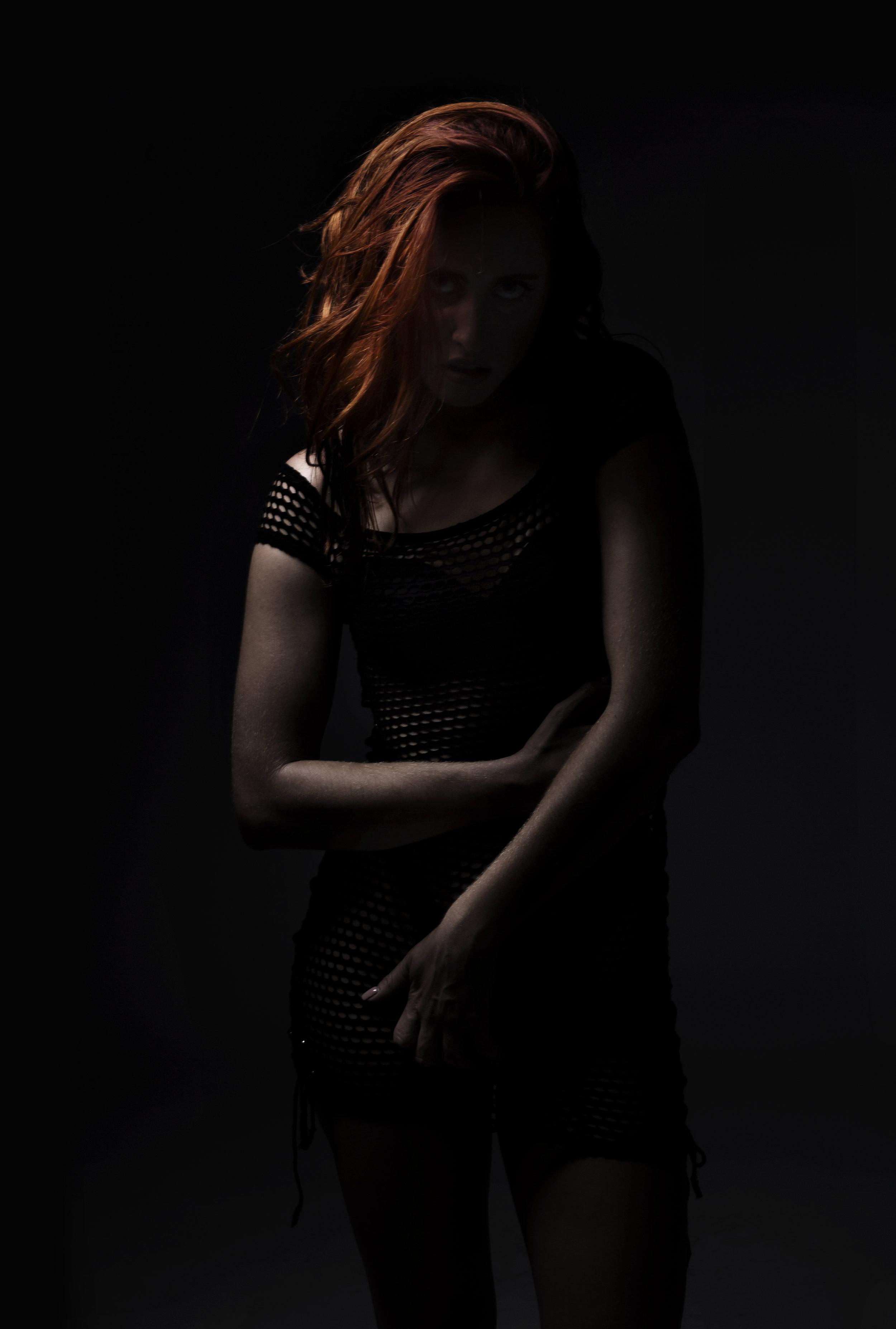 Anna_Dark_New_02.jpg