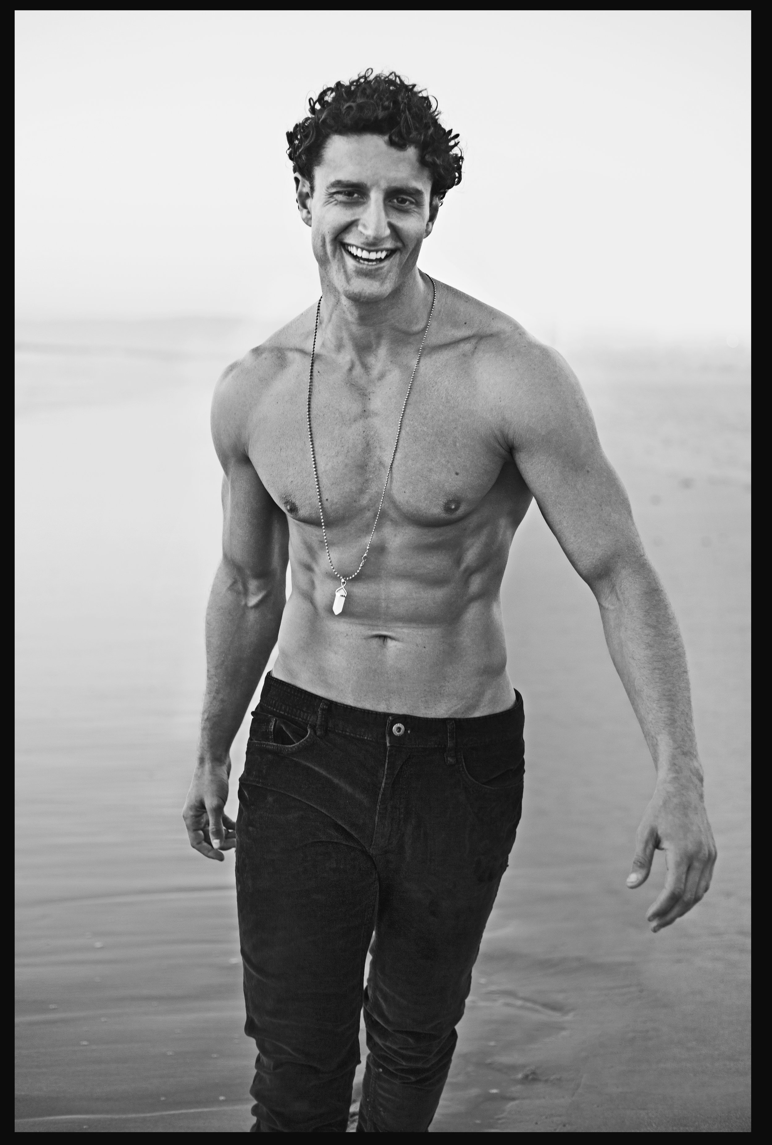 Jacob_Walk_Laugh_Beach_01.jpg