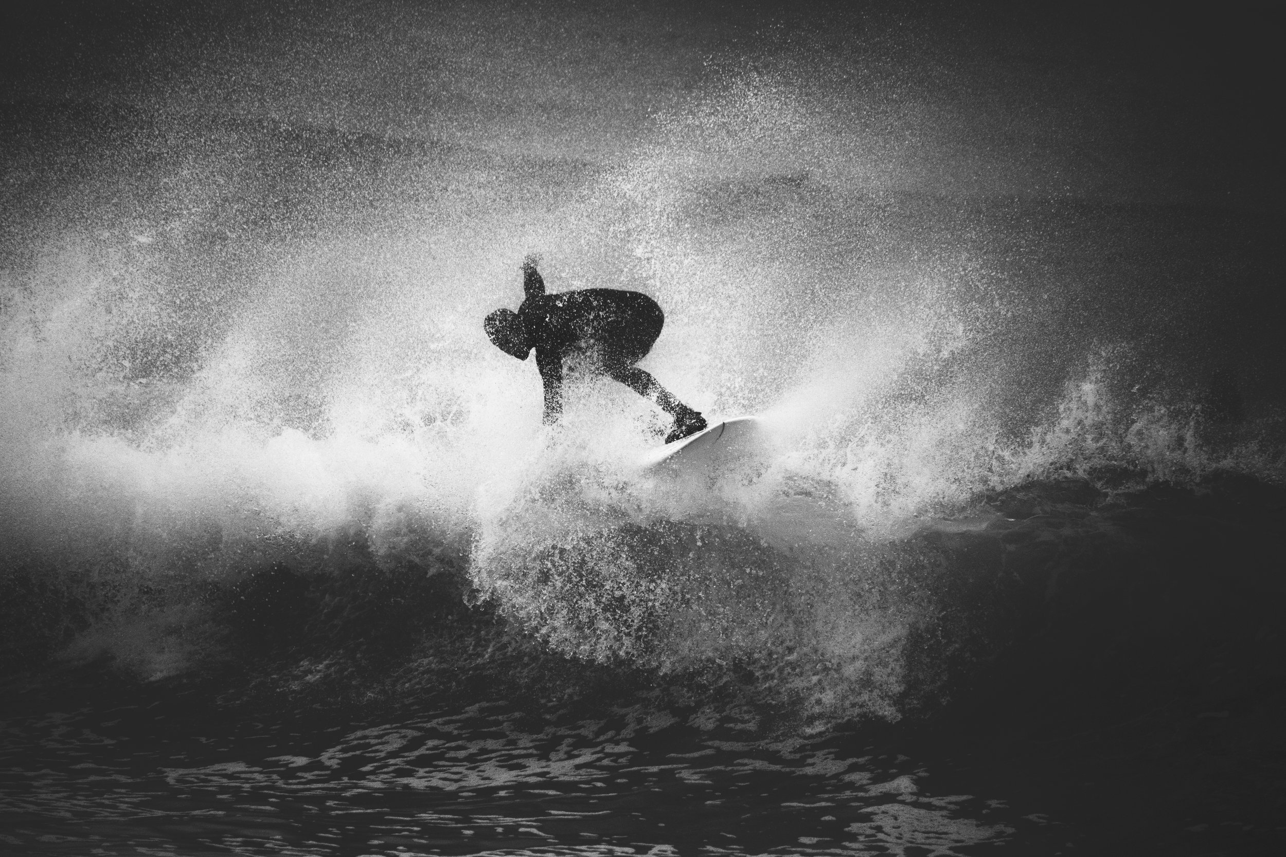 Surfer_Graphic_01.jpg