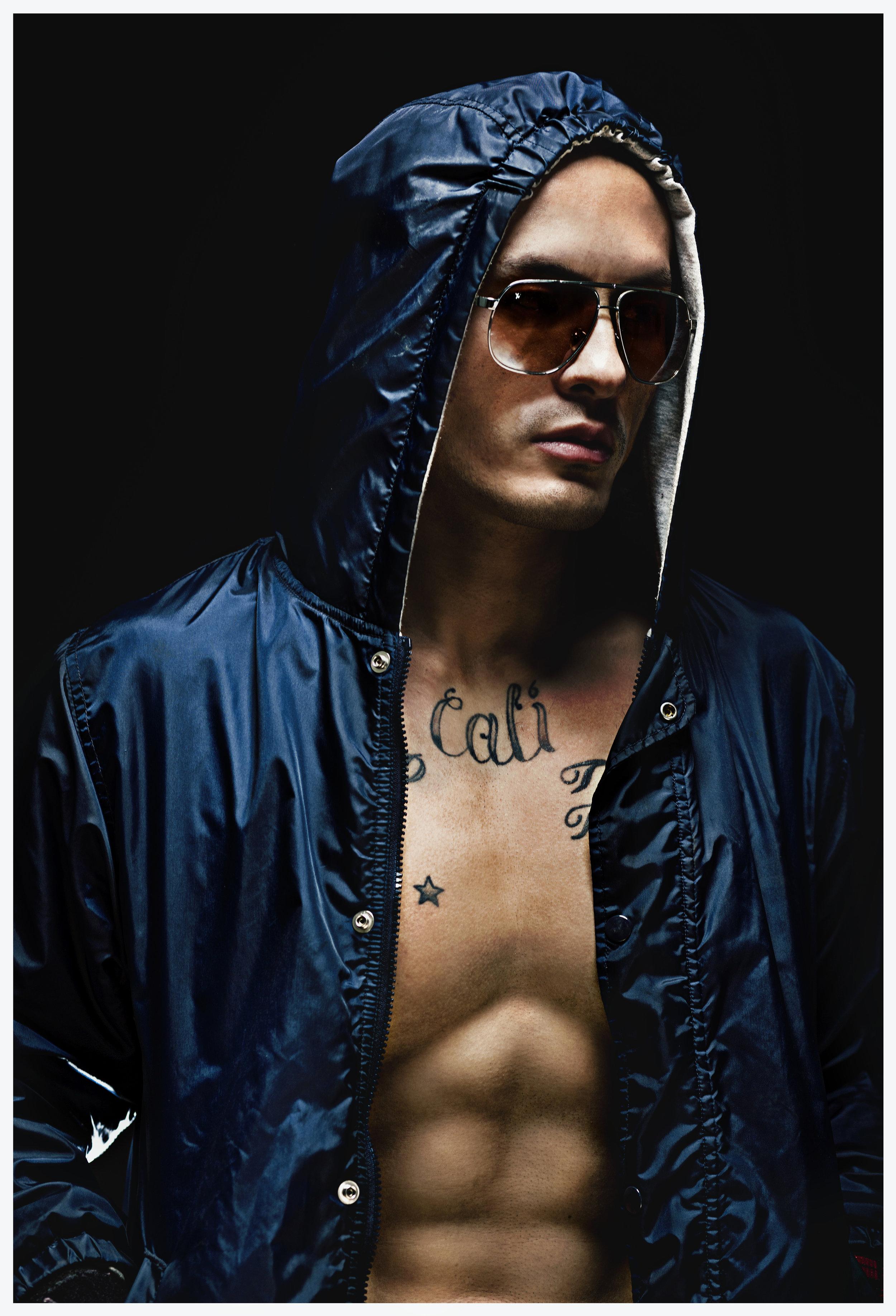 Mike_Tsering_Hooodie_Fashion_Portrait_01_BLog.jpg