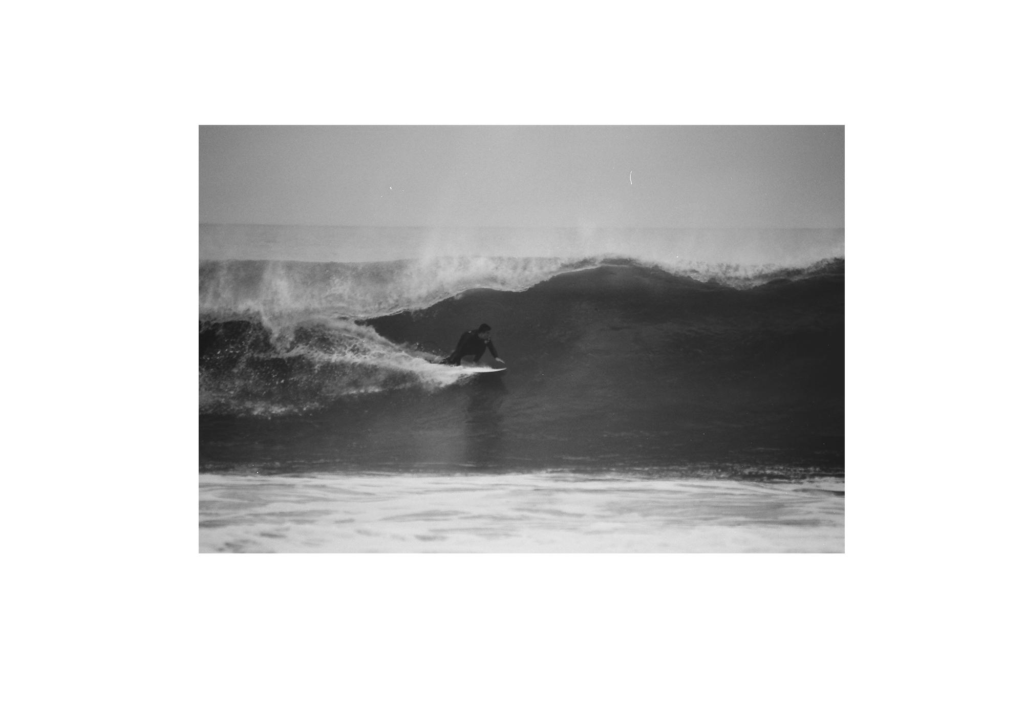 Surf_Flm_Frame_01_WEB.jpg