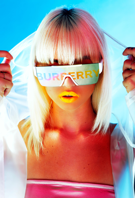 Burberry_AD_Sev_03.jpg