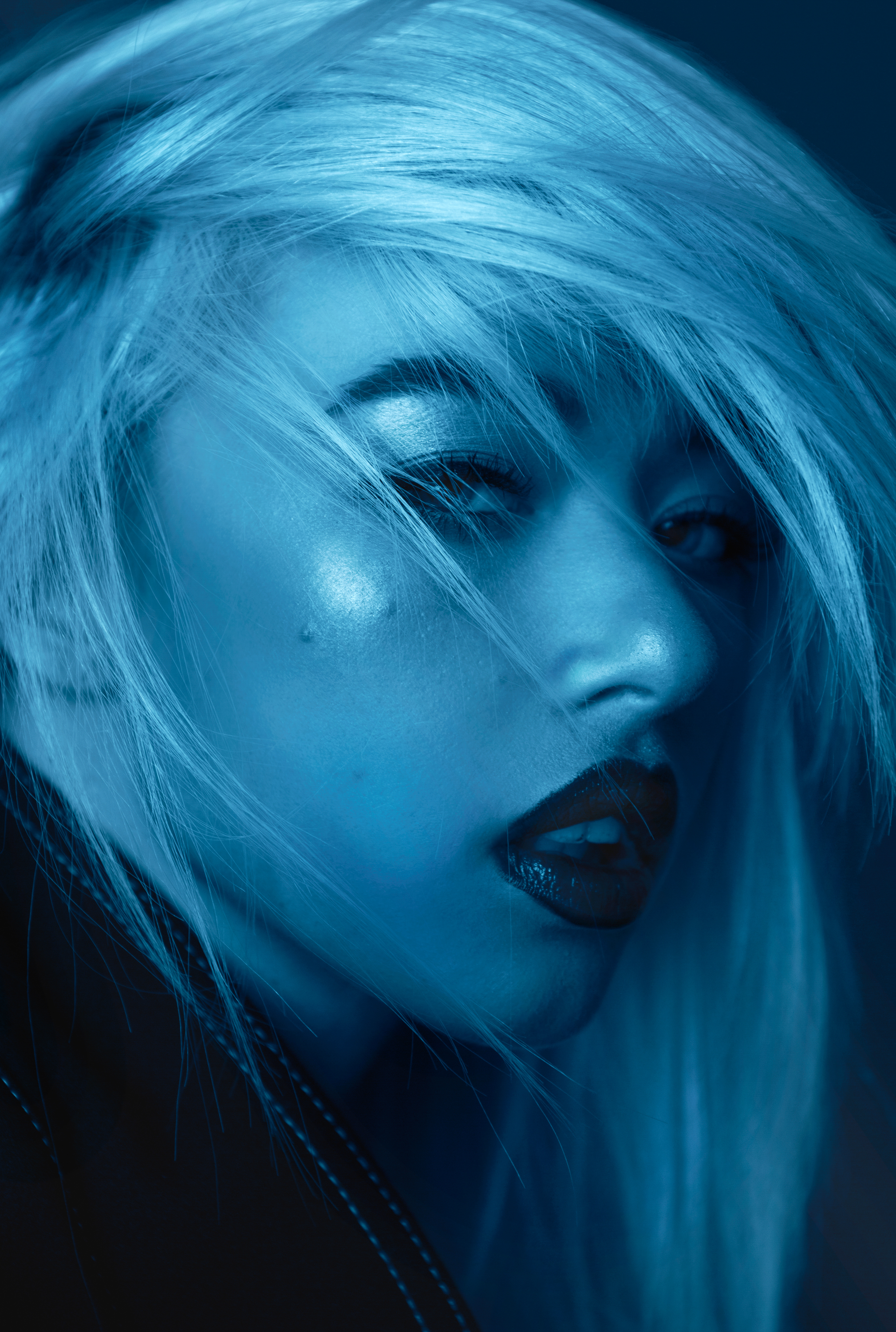 Sev_Blue_BeautyPortrait_Gritty_02.jpg