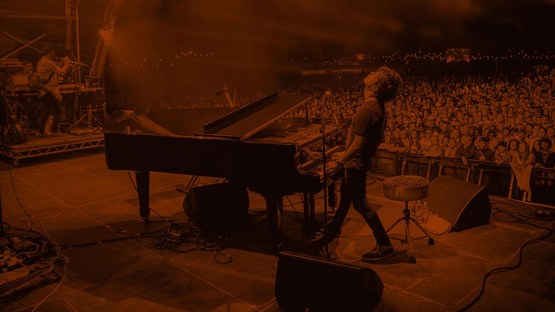 Jamie Cullum Live:Album Art - A collection of album art