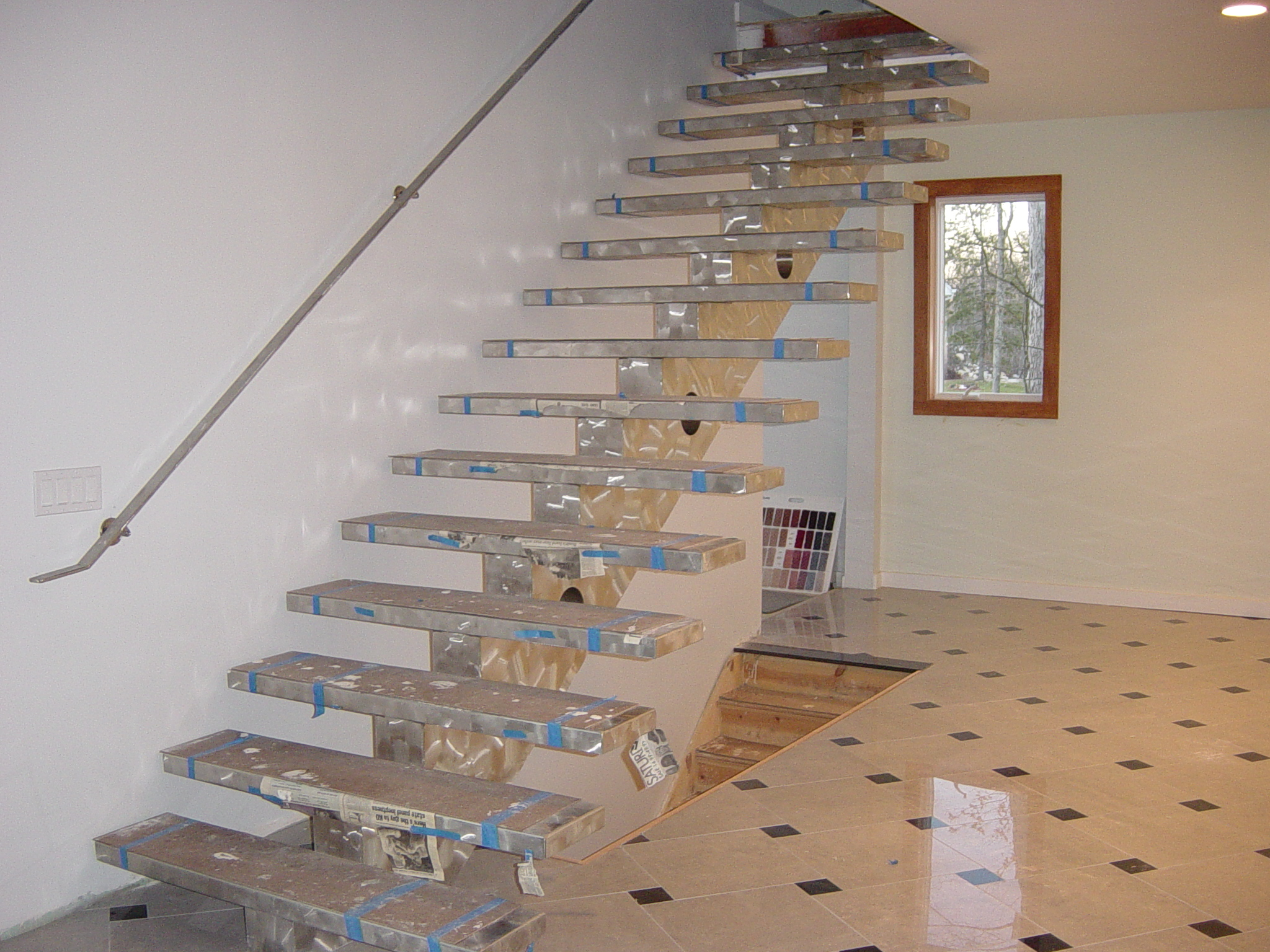 MODERN STAINLESS STEEL STAIRCASE