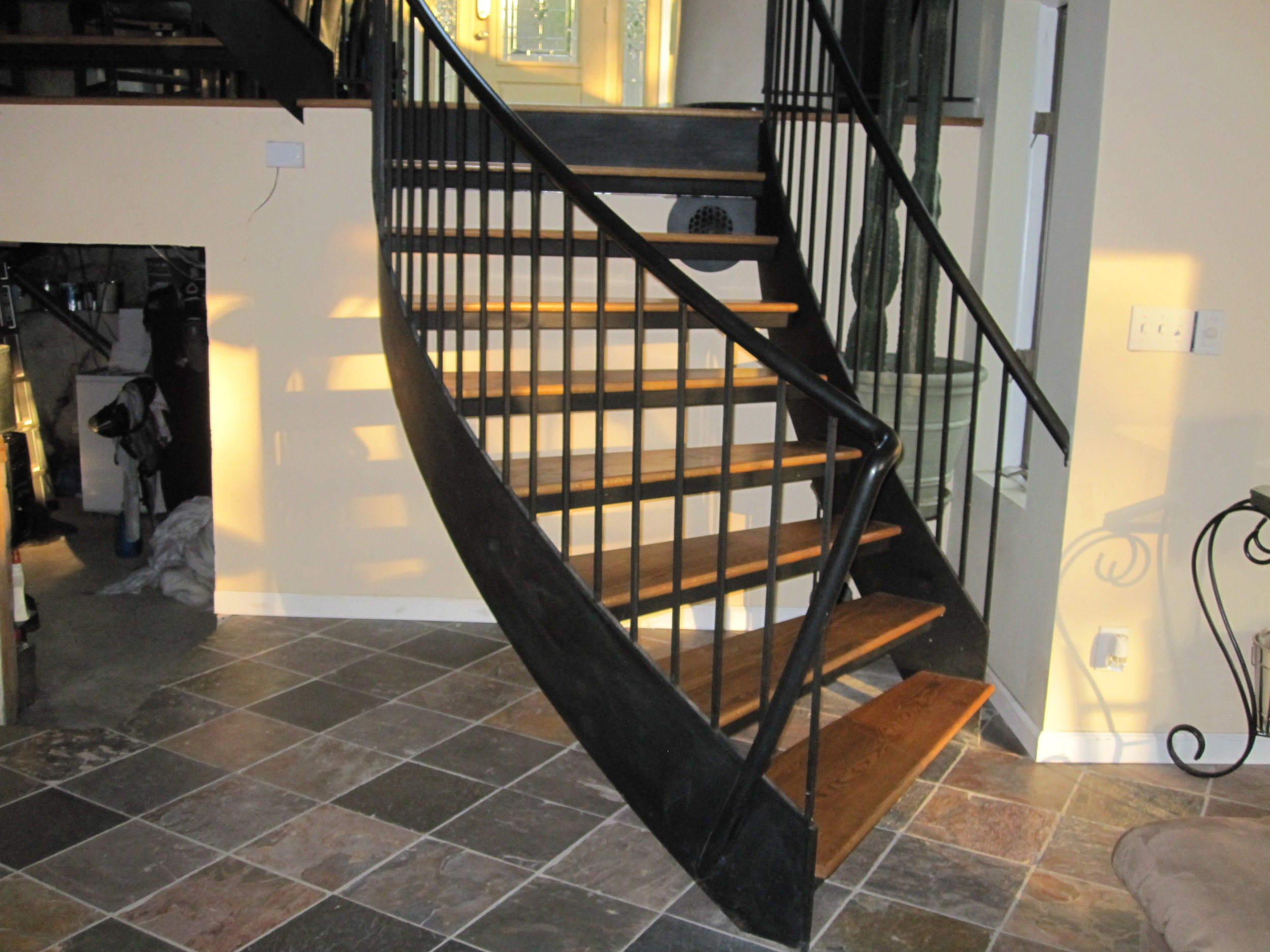 INTERIOR RESIDENTIAL STAIRCASE