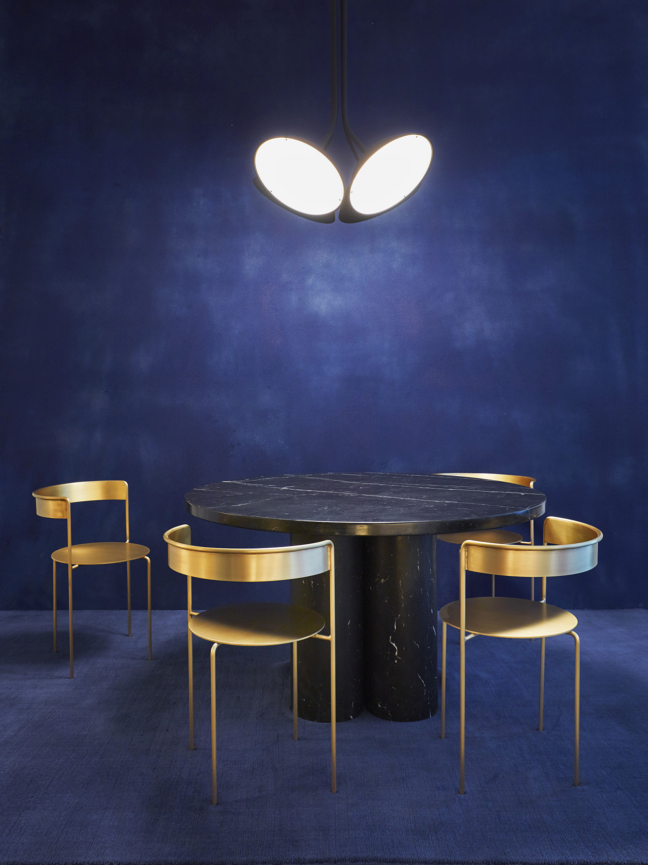 Matter-Made-Landscape-4-Pendant-Ligh-Slon-Dining-Table-Avoa-Chairs.jpg