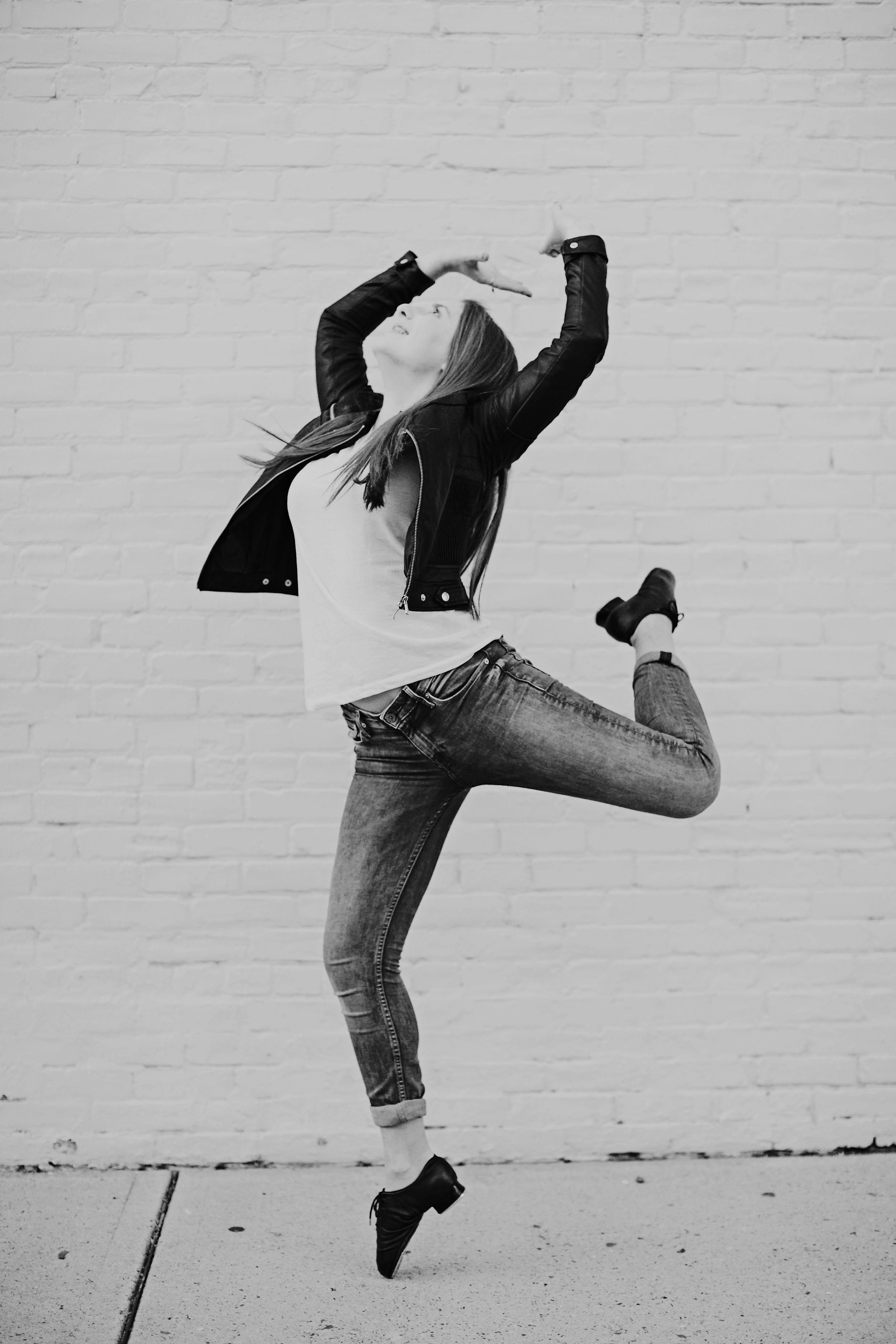 Alegra-Dance-2015-Promo-136bw.jpg