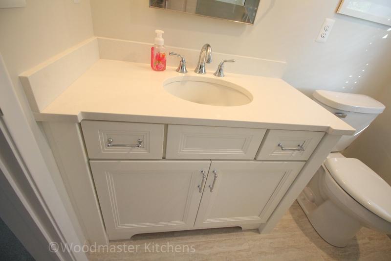 Bathroom design with porcelain tile.