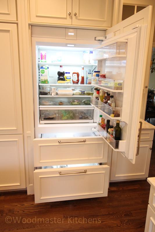 Kitchen design with built-in refrigerator