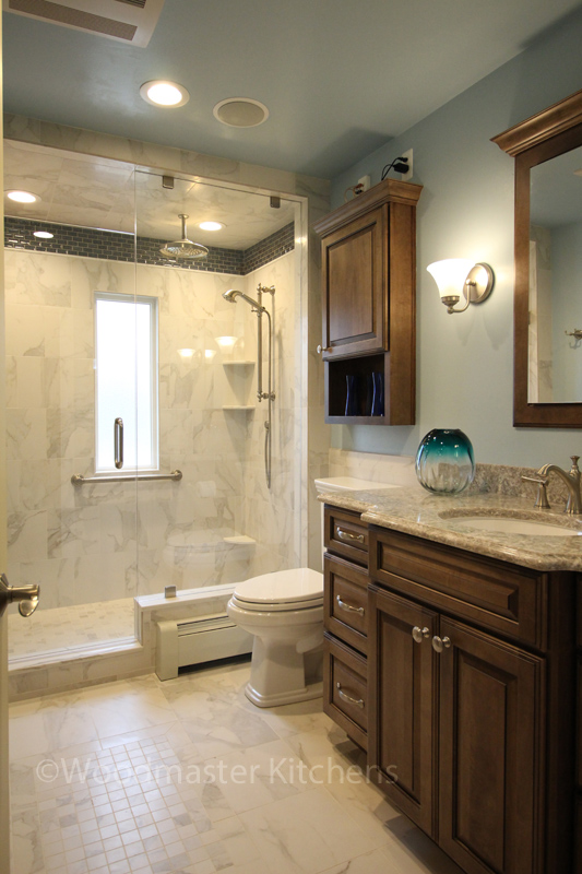 Bathroom design with recessed cabinetry
