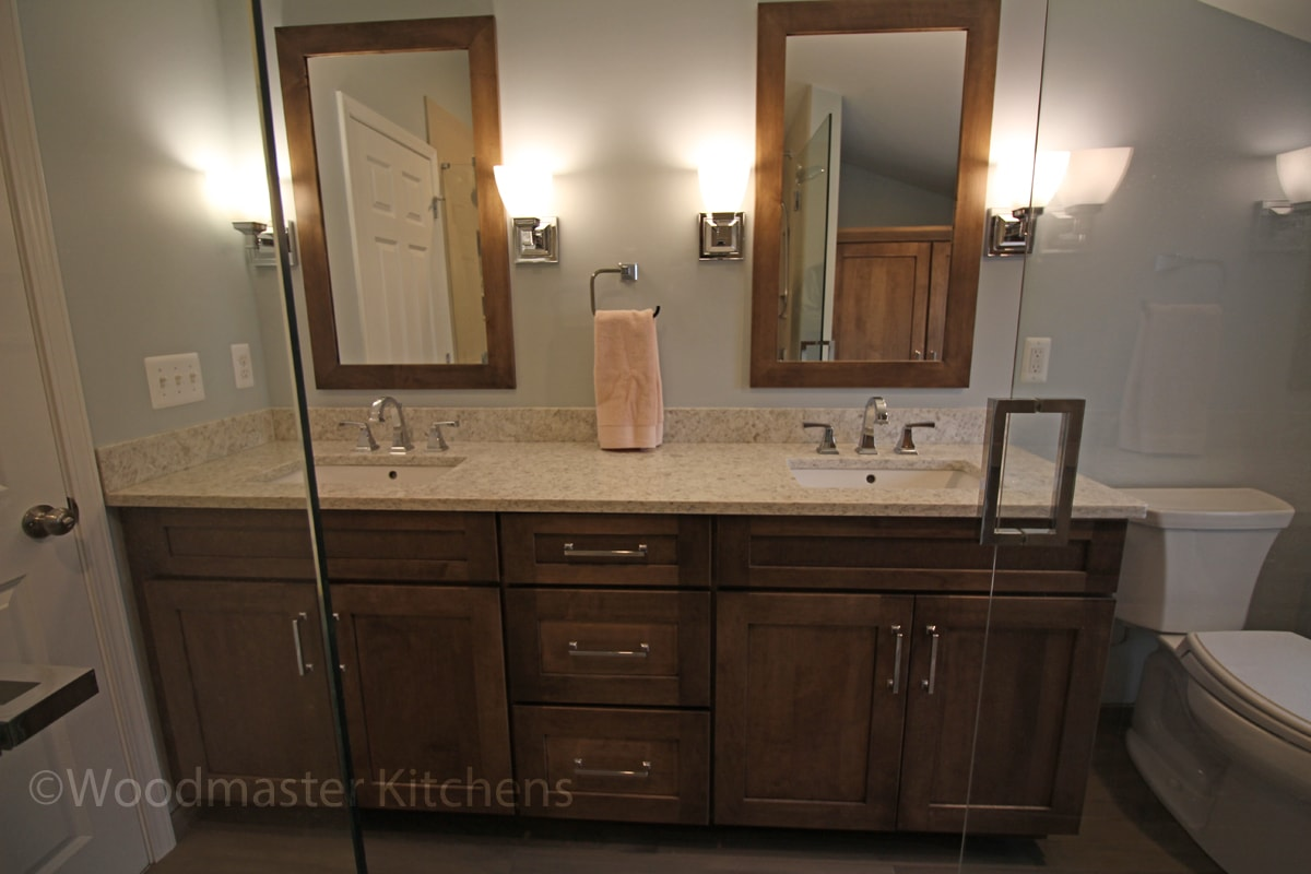 Bathroom vanity with two sinks