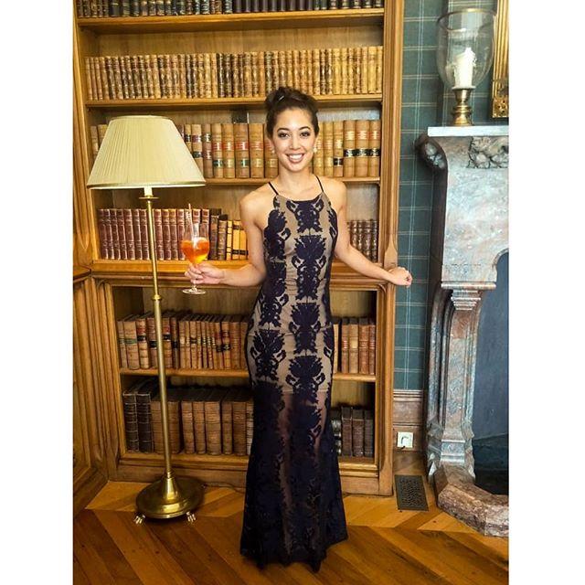 You had me at merlot 🍷 . . A fortnight of stardust, celebrating family, love and all that is beautiful. . Everyone lookin, smellin, feelin like a million bucks! . . . . #positivevibes #feels #feelgood #feelbeautiful #lacedress #beyou #befree #iamme #hi #curves #smile #eurasian #hapa #ireland #vancouver  #adaremanor #booksarelife #ifeelpretty #dressupsarefun