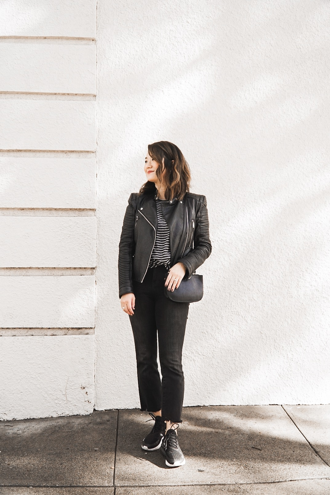 cute mom style minimal outfit Hikari bloger