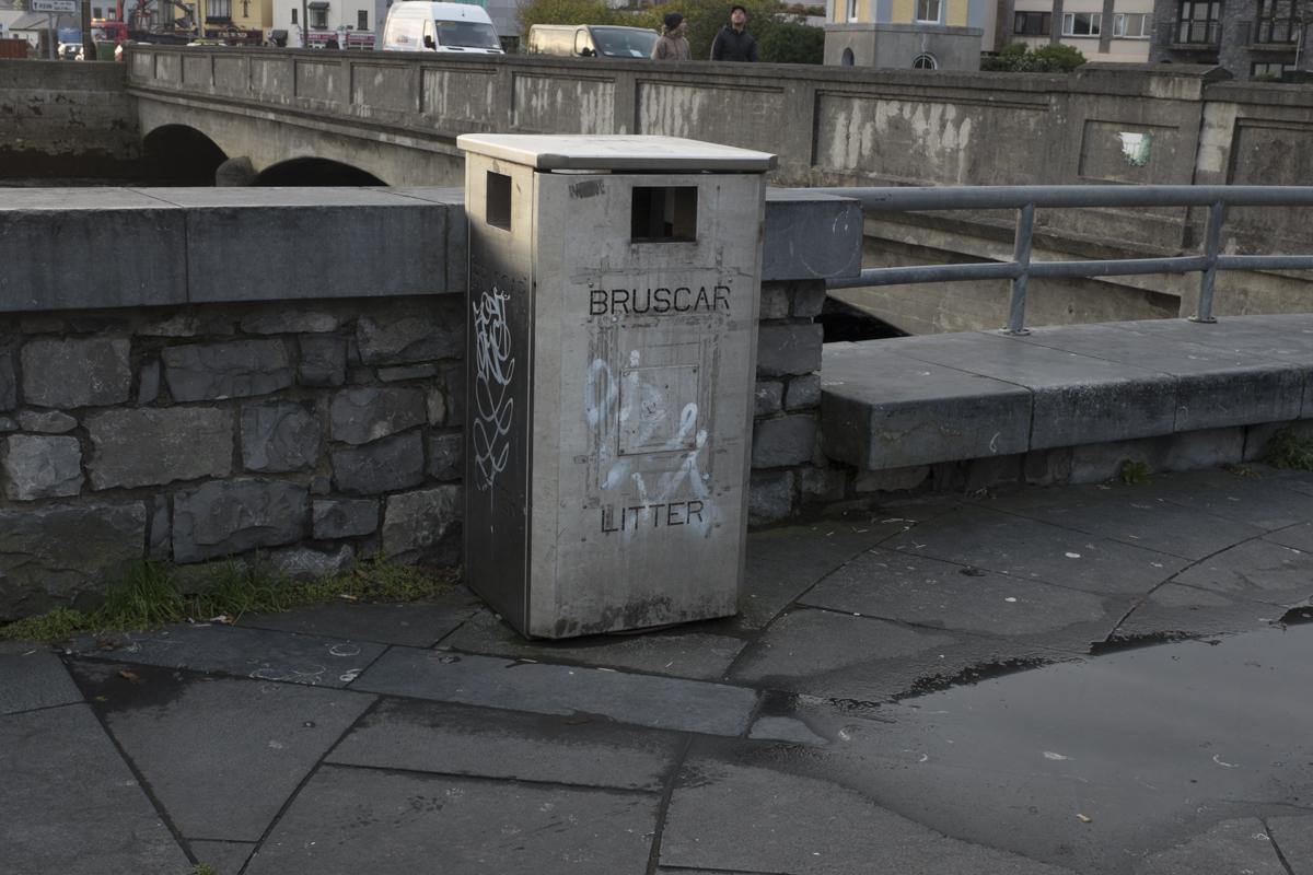 A fine example of a litter bin.